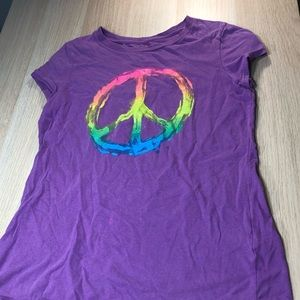 Peace sign graphic T-shirt